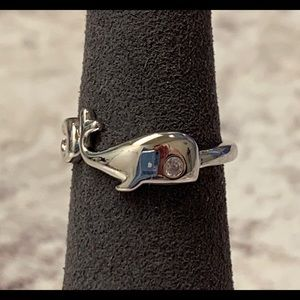 Sterling Silver Whale Clear Round CZ Ring